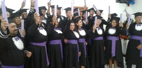 FATAP Baixo-Amazonas realiza formatura